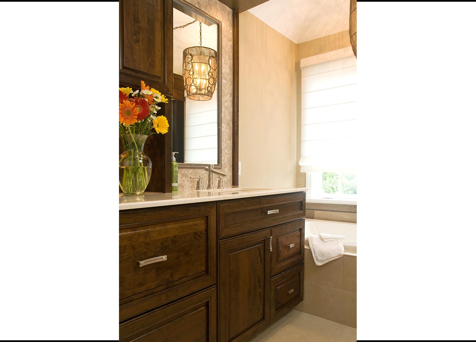 Bathroom vanities albuquerque space saver bathroom for Bath remodel albuquerque